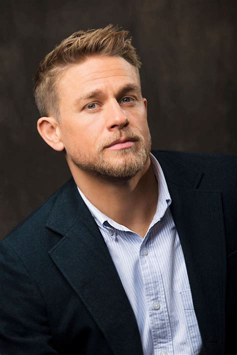 Charlie Hunnam - Actor - CineMagia