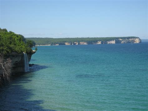 10 of the Best Hiking Trails in Michigan - KÜHL Born In